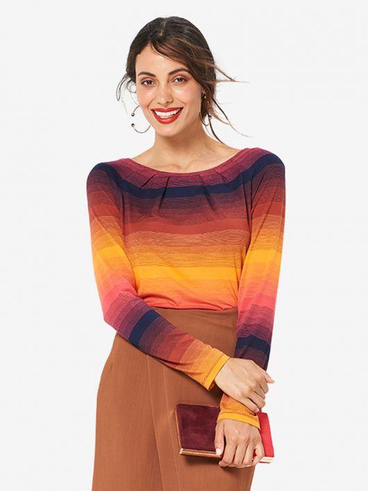 Пуловер з довгими рукавами реглан