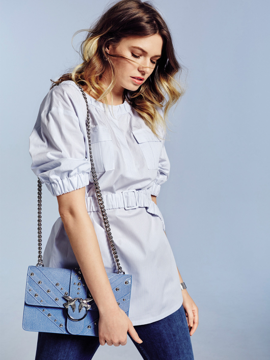 Блуза прямого крою із застібкою поло