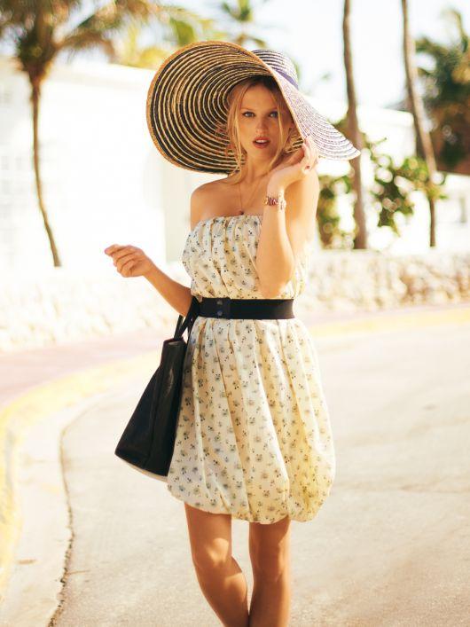 Сукня-балон з ременем