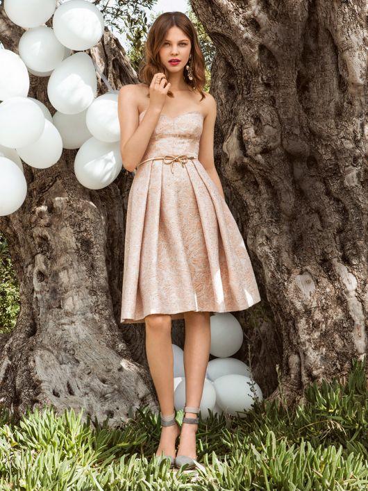 Сукня-бюстьє з розкльошеною спідницею