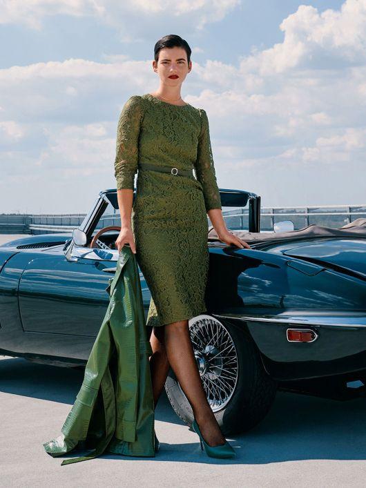 Сукня-футляр мереживна з поясом