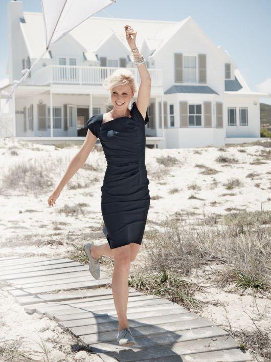Сукня-футляр з рукавами-ліхтариками