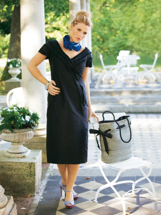 Сукня-футляр з воланами з органзи
