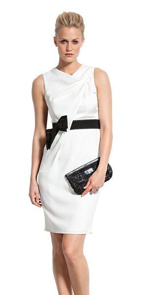 Сукня-футляр з діагональною складкою