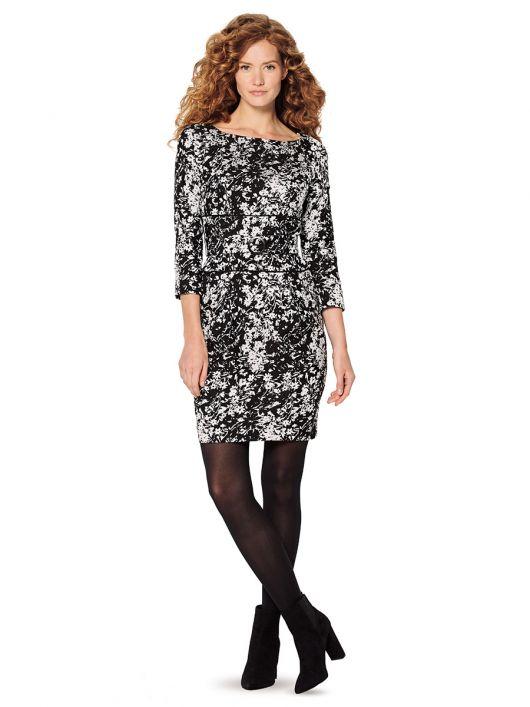 Сукня-футляр довжини міні