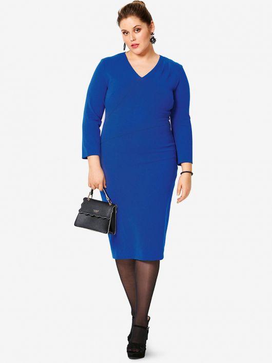 Сукня-футляр трикотажна з м'якими складками на ліфі