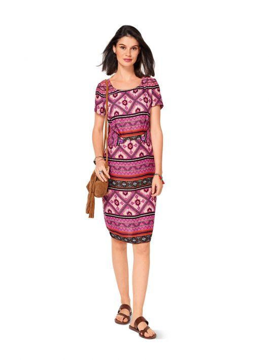 Сукня-футляр з декоративними деталями