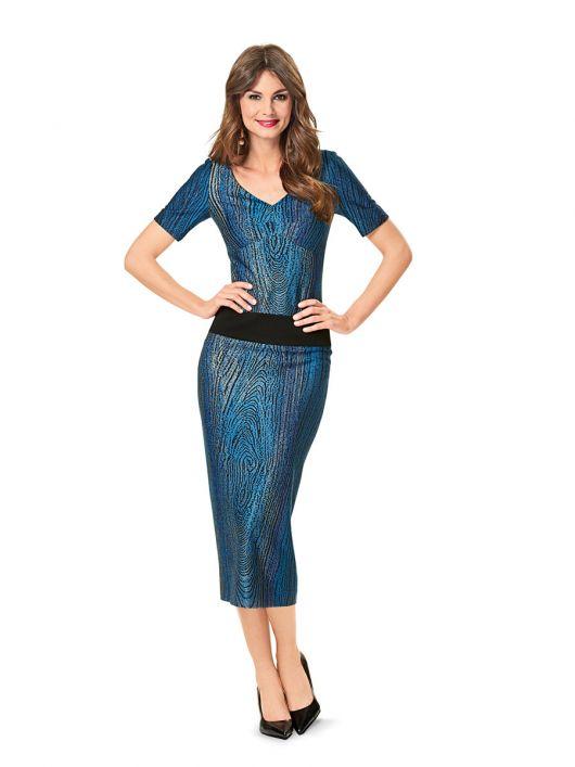 Сукня-футляр трикотажна з вирізом «сердечко»