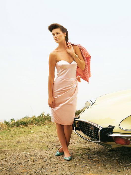Сукня-корсаж у стилі ретро