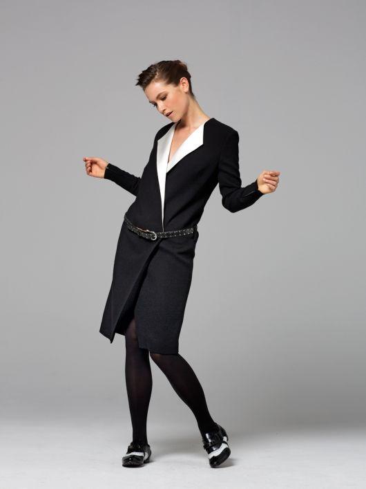 Сукня-пальто з контрастними лацканами