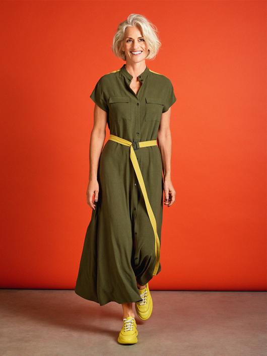 Сукня-сорочка з коміром-стойкою