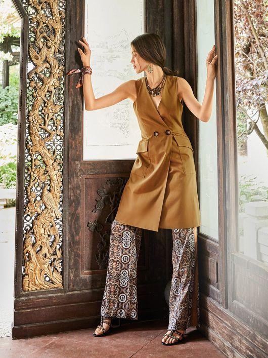 Сукня-жилет в стилі сафарі