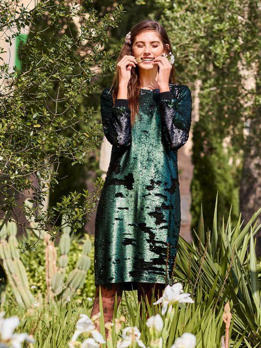 Сукня А-силуету з двобічними пайєтками