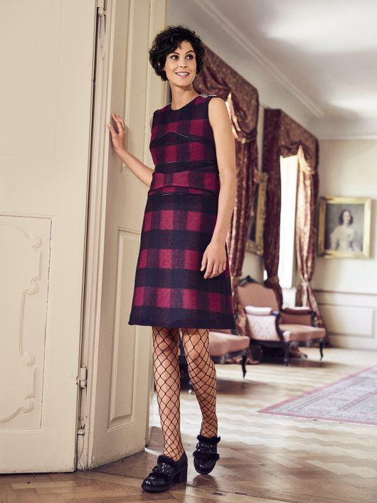 Сукня А-силуету з рельєфними швами