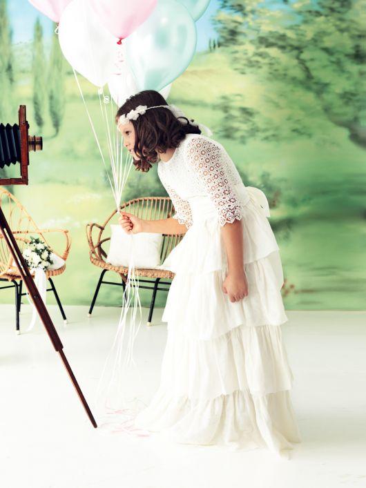 Сукня і прикраса для волосся