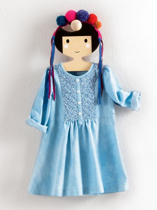 Сукня відрізна зі стьобаним пластроном