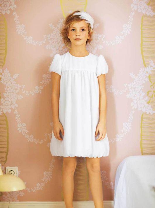 Сукня з рукавами-ліхтариками і спідницею-балон