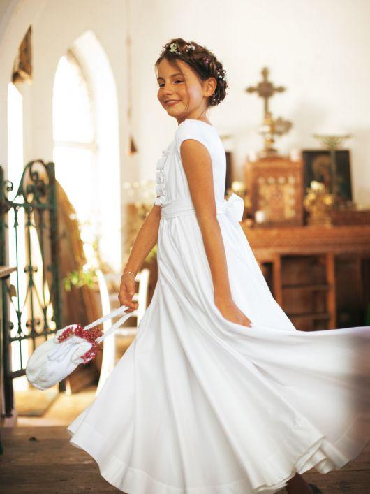 Сукня з нижньою спідницею і широким поясом-бантом