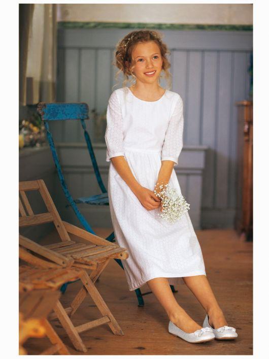 Сукня святкова з батистового шитва