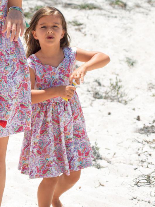Сукня з пишною спідницею для дівчинки