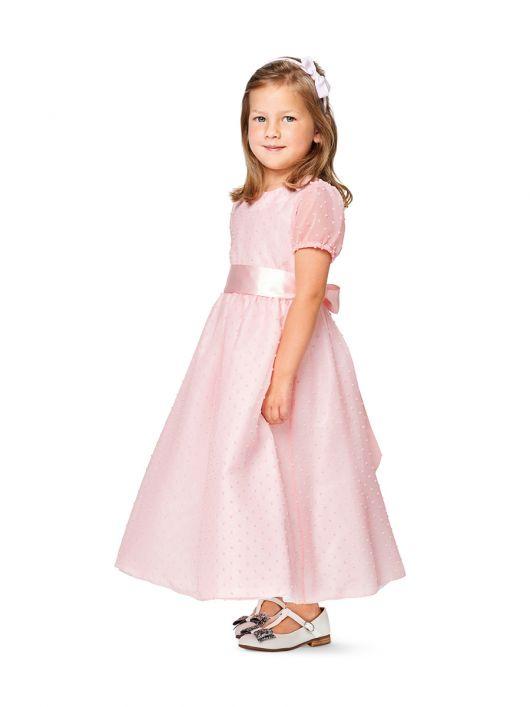 Сукня з призбореною спідницею і рукавами-ліхтариками