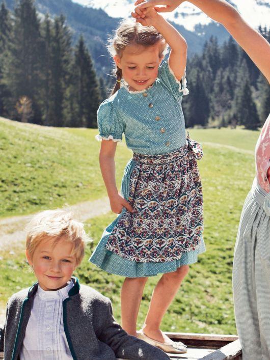 Сукня і фартух для дівчинки