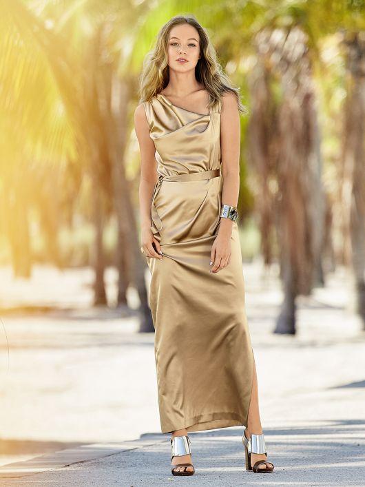 Сукня максі з драпіровками і асиметрією