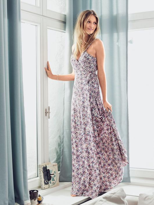 Сукня максі відрізна з запахом і на бретелях