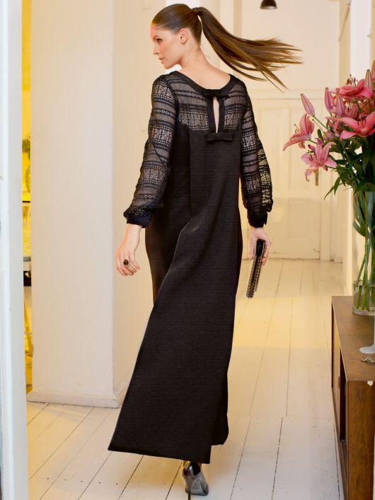 Сукня зі шлейфом