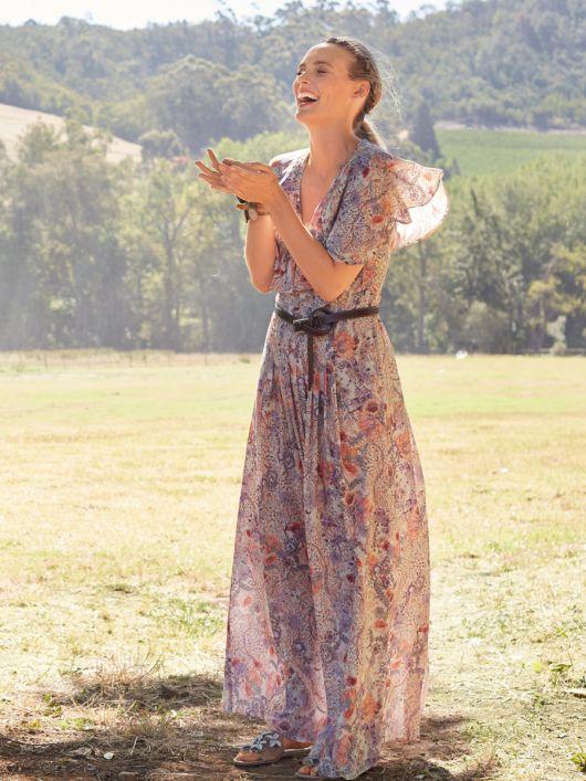 Сукня максі в стилі 70-х з воланами на ліфі