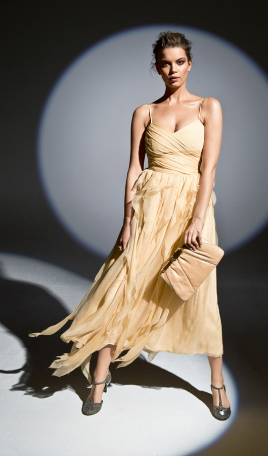 Сукня на бретелях-спагеті
