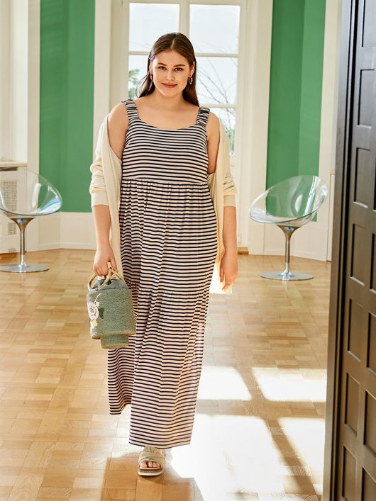 Сукня максі трикотажна на широких бретелях