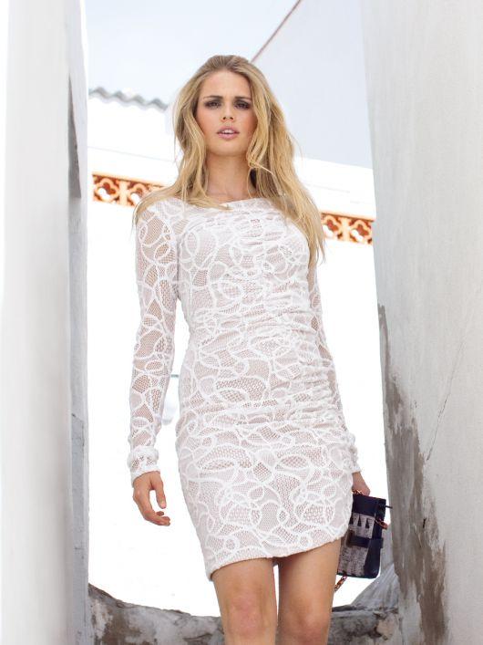 Сукня по фігурі з діагональним рельєфним швом