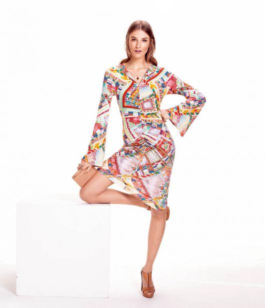 Сукня з рукавами-розтрубами