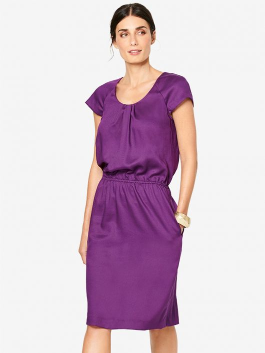 Платье с рукавами реглан и кулиской на талии