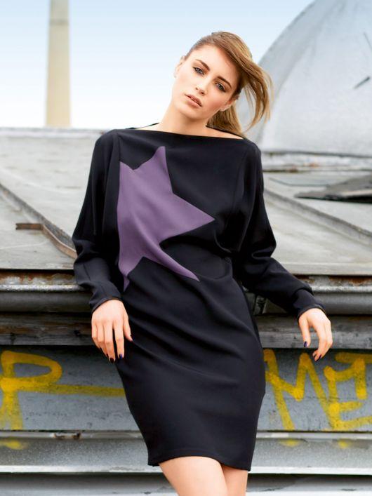 Сукня міні з глибоко вшитими рукавами