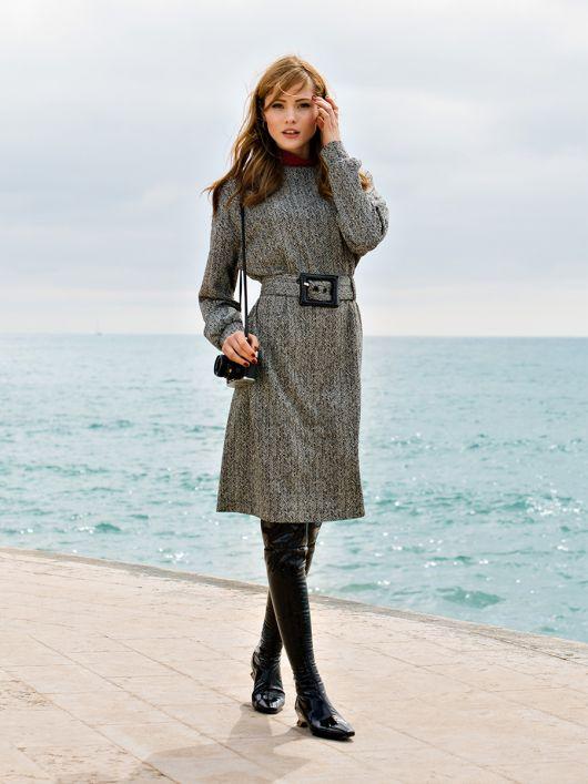 Платье-пуловер с широким ремнем