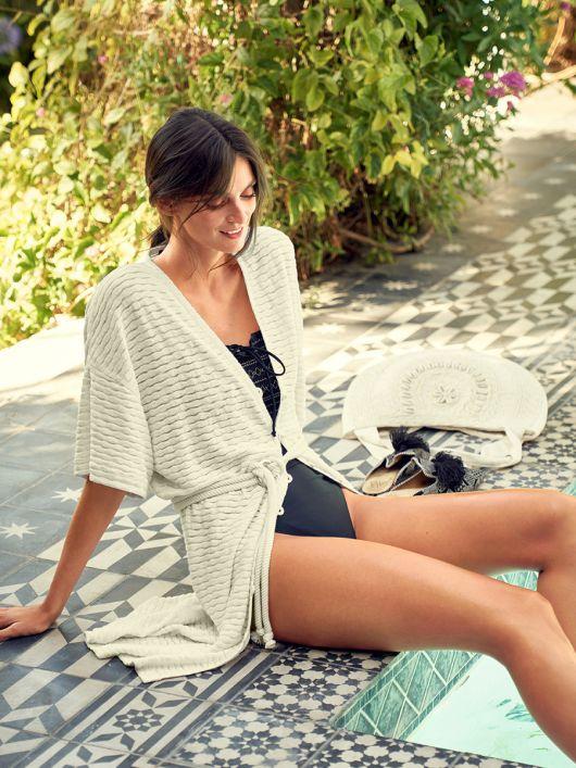 Платье пляжное с короткими рукавами