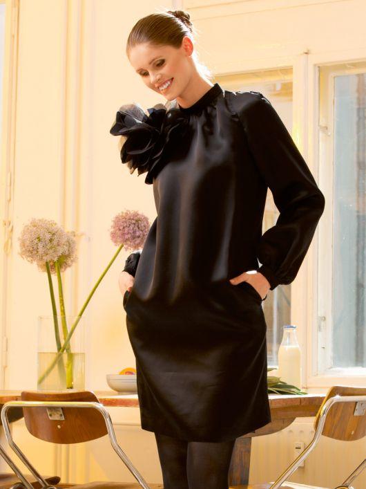 Сукня прямого крою з рукавами реглан