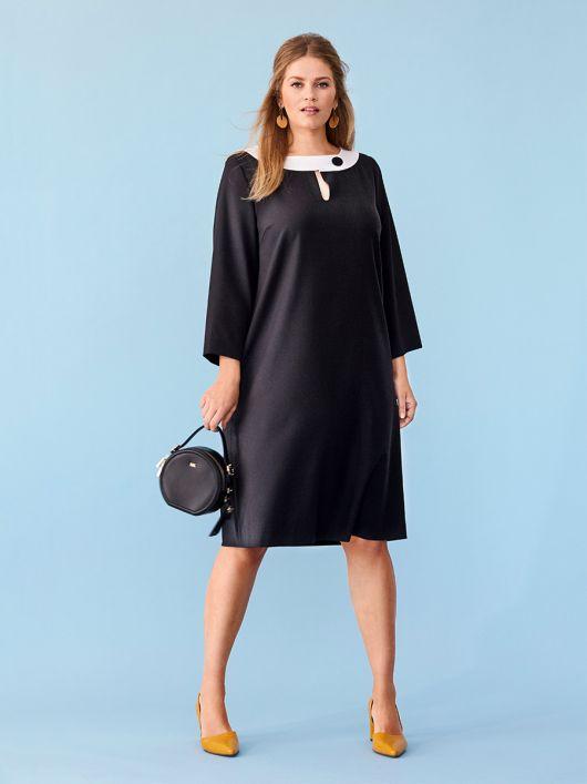 Сукня А-силуету з контрастною планкою горловини