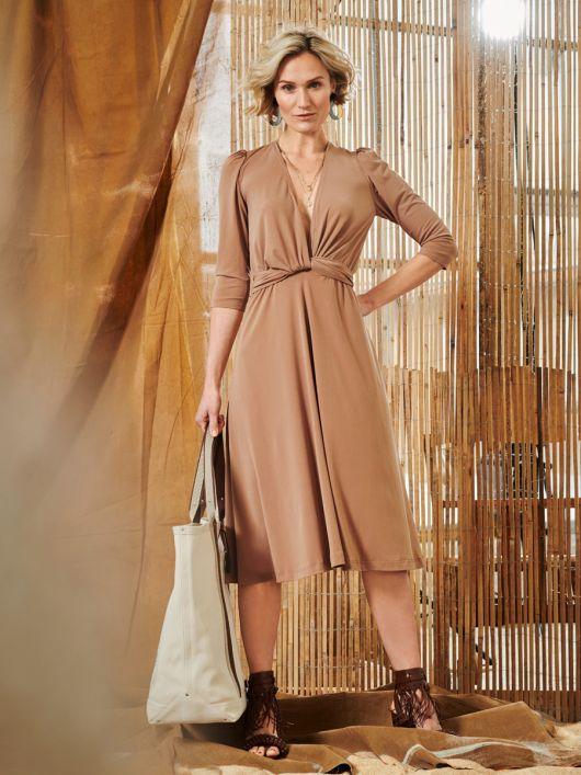 Сукня трикотажна з драпіровкою на талії