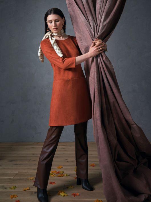 Сукня зі штучної шкіри