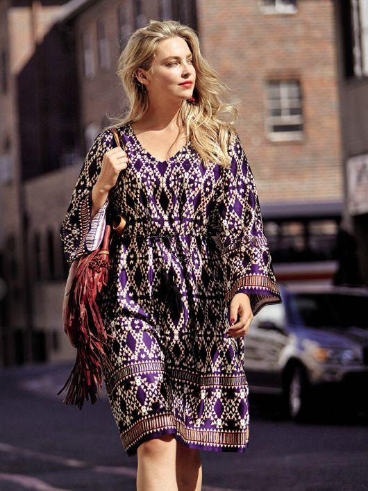 Сукня приталеного крою зі шнуром-зав'язкою