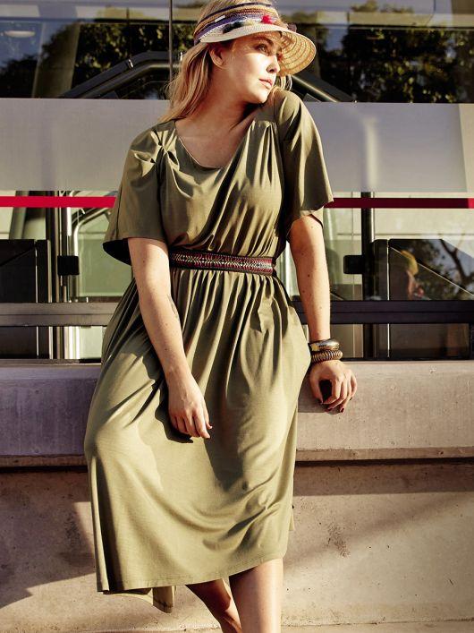 Сукня зі спідницею асиметричного крою