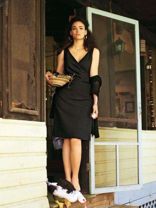 Сукня-футляр з ефектом запаху
