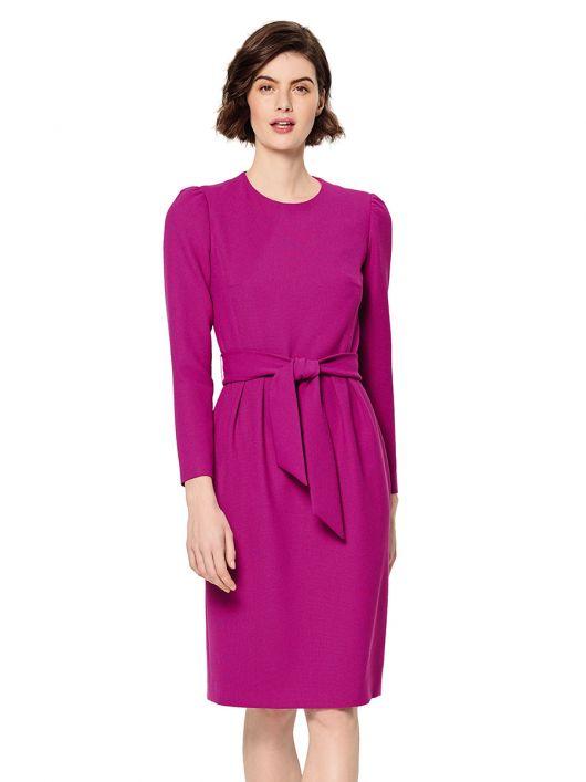 Сукня-футляр з призбореними по окатах рукавами