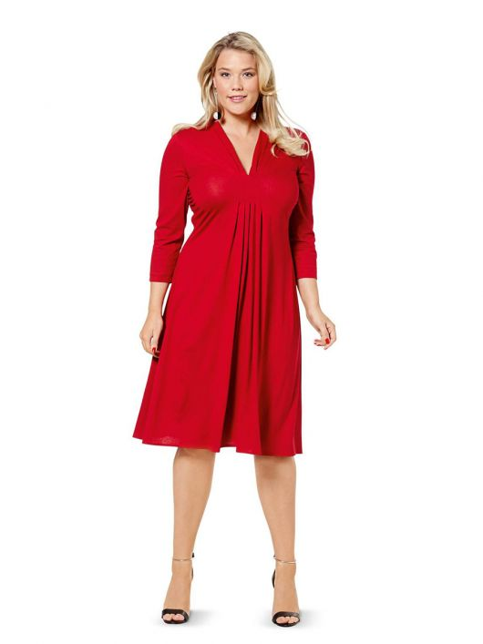 Сукня трикотажна силуету ампір зі складками і драпіровками