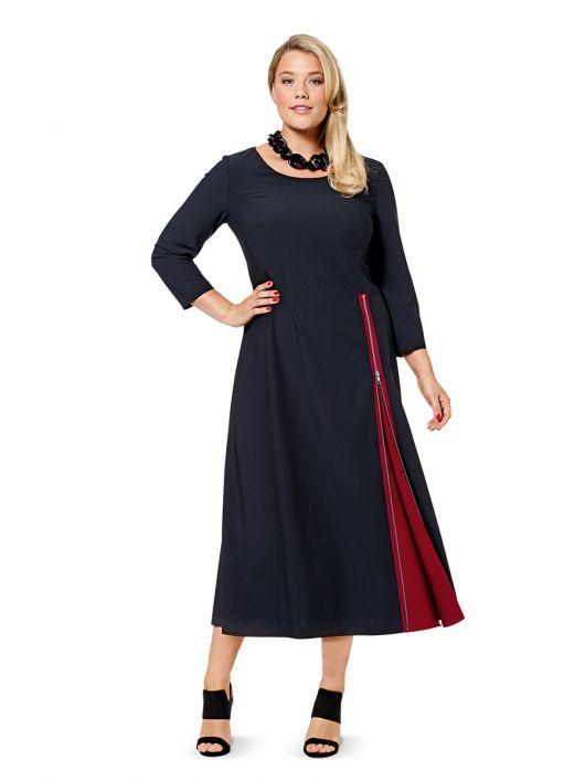 Сукня зі складкою-розрізом на спідниці