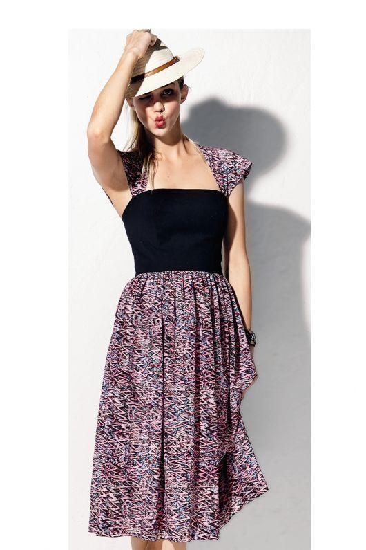 Сукня з легкою спідницею
