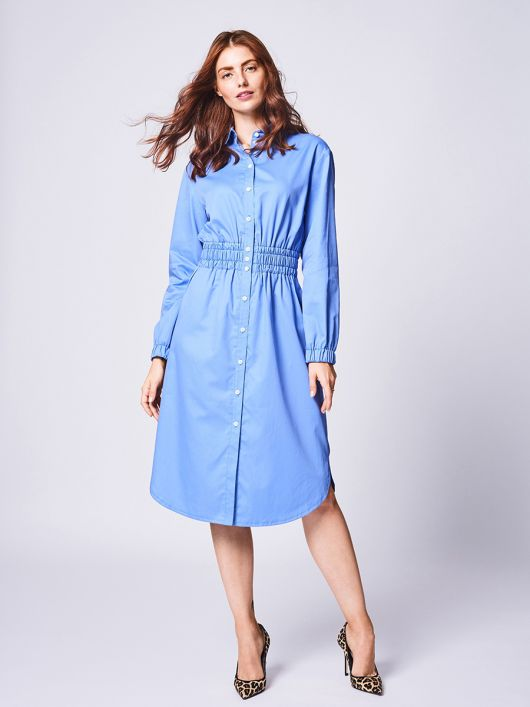 Сукня сорочкового крою довжиною нижче колін